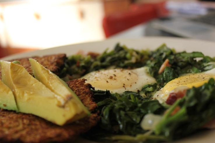 Eggs poached in greens 9