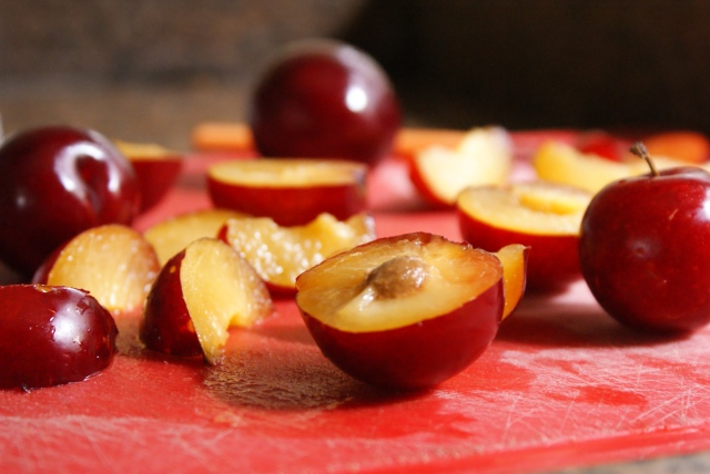 Vanilla Spice Poached Plums